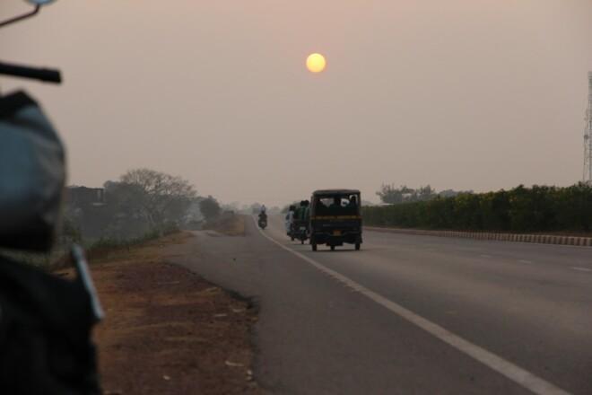 129 закат на индийской дороге